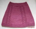ケーブル模様のスカート