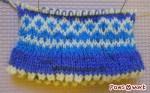 途中まで編んだ靴下