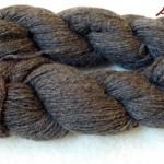 ファーマーズマーケットで買った毛糸