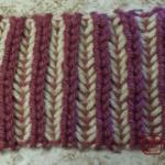 イギリスゴム編み:2色で編みました
