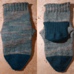緑の靴下:片足完成です。